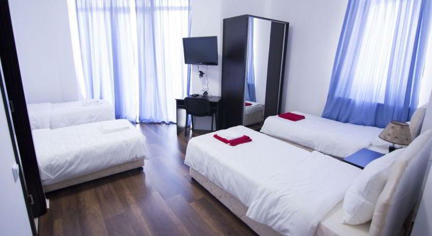 Отель Mirobelle