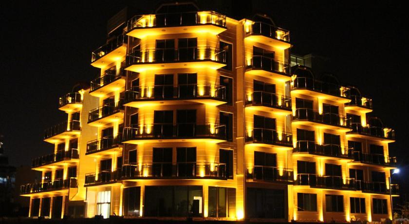 Legacy Hotel Батуми