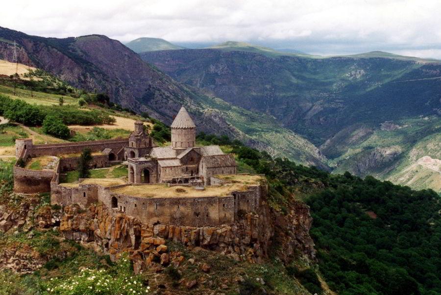 Монастырский комплекс Татев
